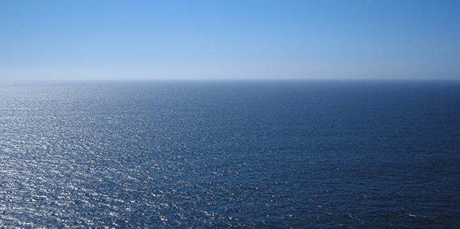 Foto van de zee door Simon van Eeden.