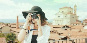 Toerist veilig op vakantie
