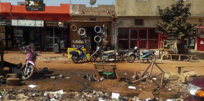 Straat in Bamako (Mali)